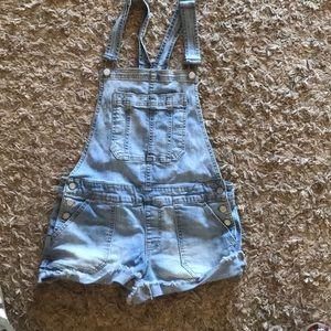 Aeropostale Jean short overalls